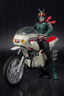 Kamen Rider S.H. Figuarts Action Figure with Vehicle Masked Rider 2 & Remodeled Cyclone 14 cm