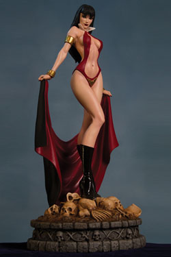 Women of Dynamite Statue Vampirella 30 cm