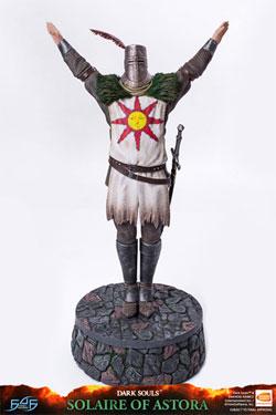 Dark Souls Statue Solaire of Astora 46 cm