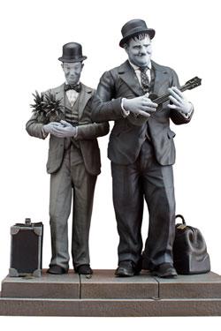 Laurel & Hardy Statue Stan Laurel & Oliver Hardy Honolulu Baby 28 cm