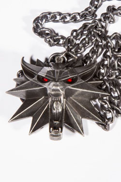 Witcher III Wild Hunt Medallion and Chain (LED Light-Up) Wolf