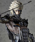 Metal Gear Rising Revengeance Statue 1/6 Raiden 32 cm