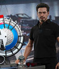Iron Man 2 Movie Masterpiece Action Figure 1/6 Tony Stark with Arc Reactor Creation Accessories 30 c