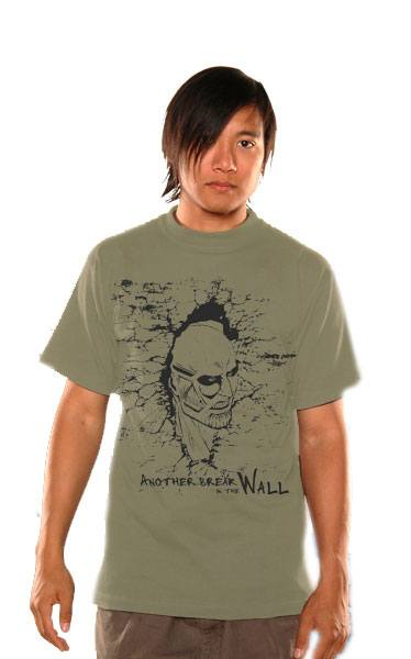 Attack on Titan T-Shirt Breaking The Wall Size XL