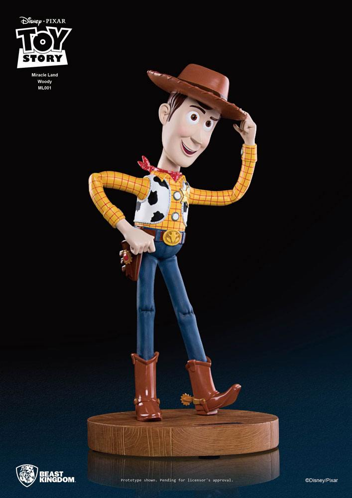 Toy Story 3 Statue Miracle Land Woody 43 cm