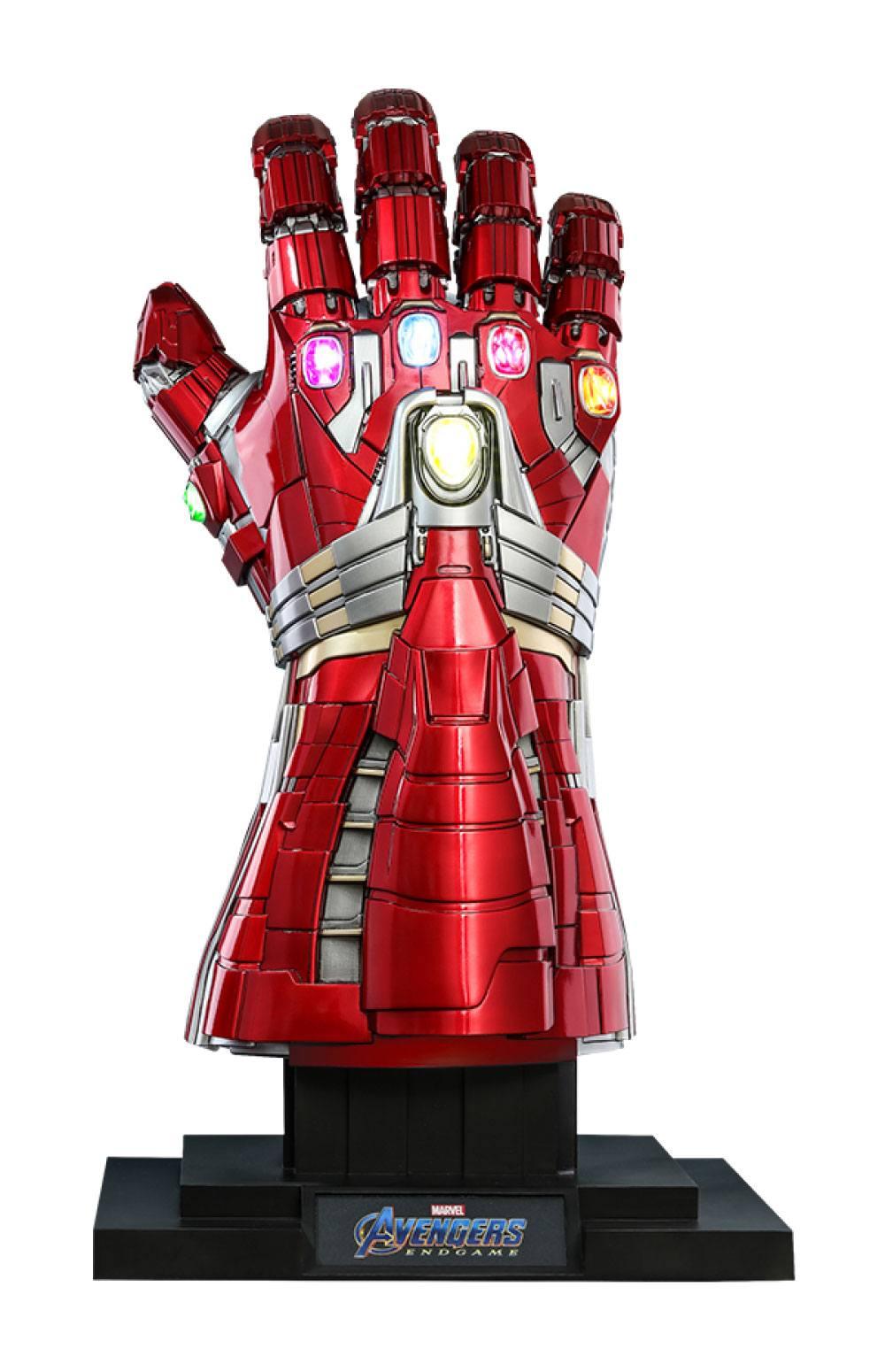 Nano Gauntlet Hulk Ver. Avengers Endgame Life-Size Masterpiece 1/1 Replica by Hot Toys