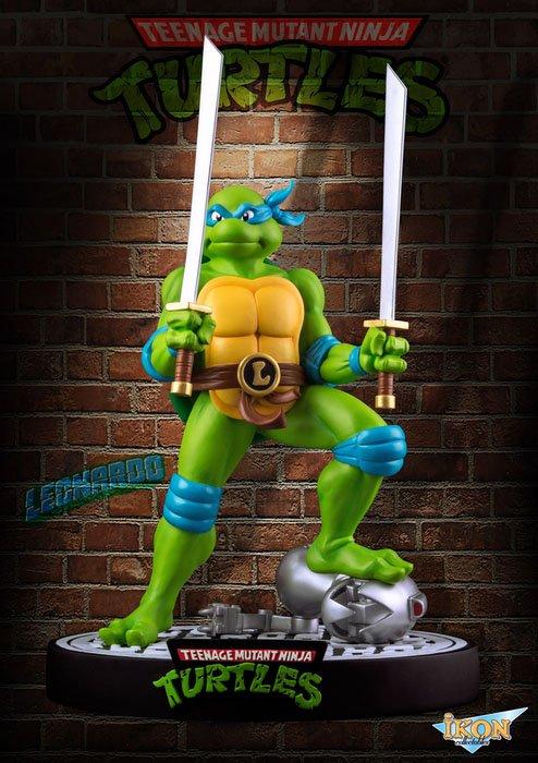 Teenage Mutant Ninja Turtles Statue Leonardo 31 cm --- DAMAGED PACKAGING