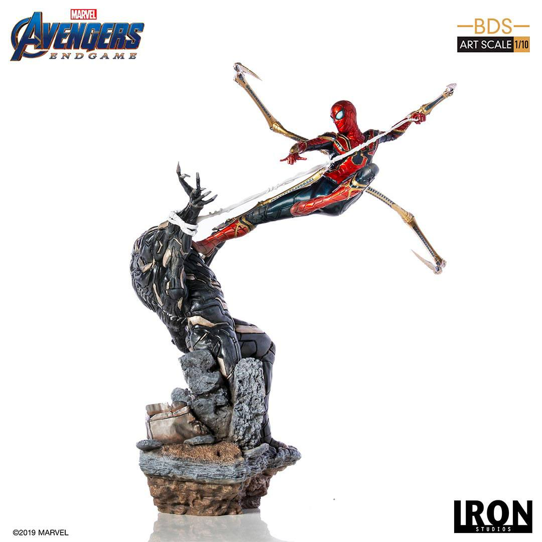 Iron Spider vs Outrider Avengers Endgame BDS Art 1/10 Scale Statue by Iron Studios