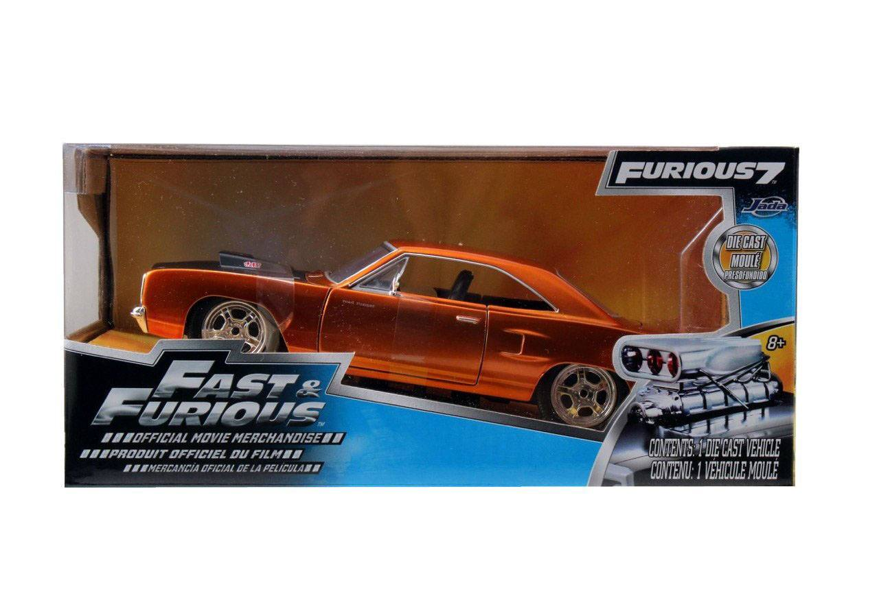 Fast & Furious 7 Diecast Model 1/24 Dom's 1970 Plymouth Road Runner