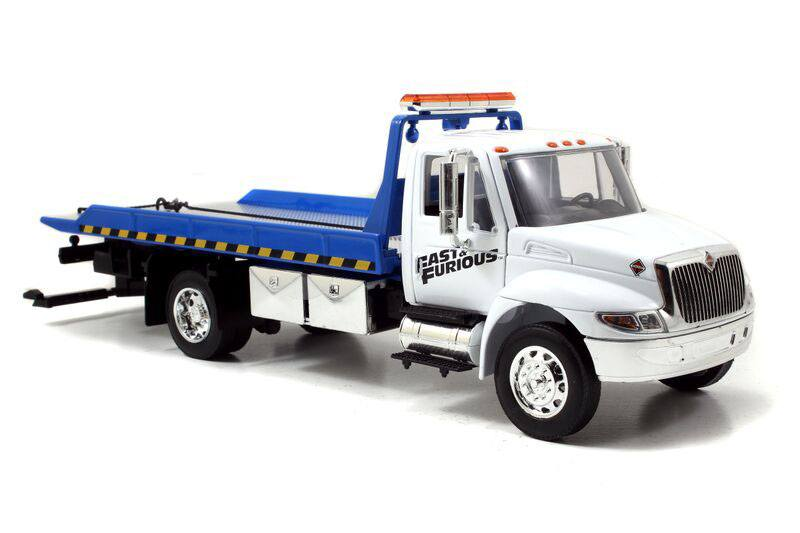 Fast & Furious 7 Diecast Model 1/24 2008 International Duraster Flat Bed Tow Truck