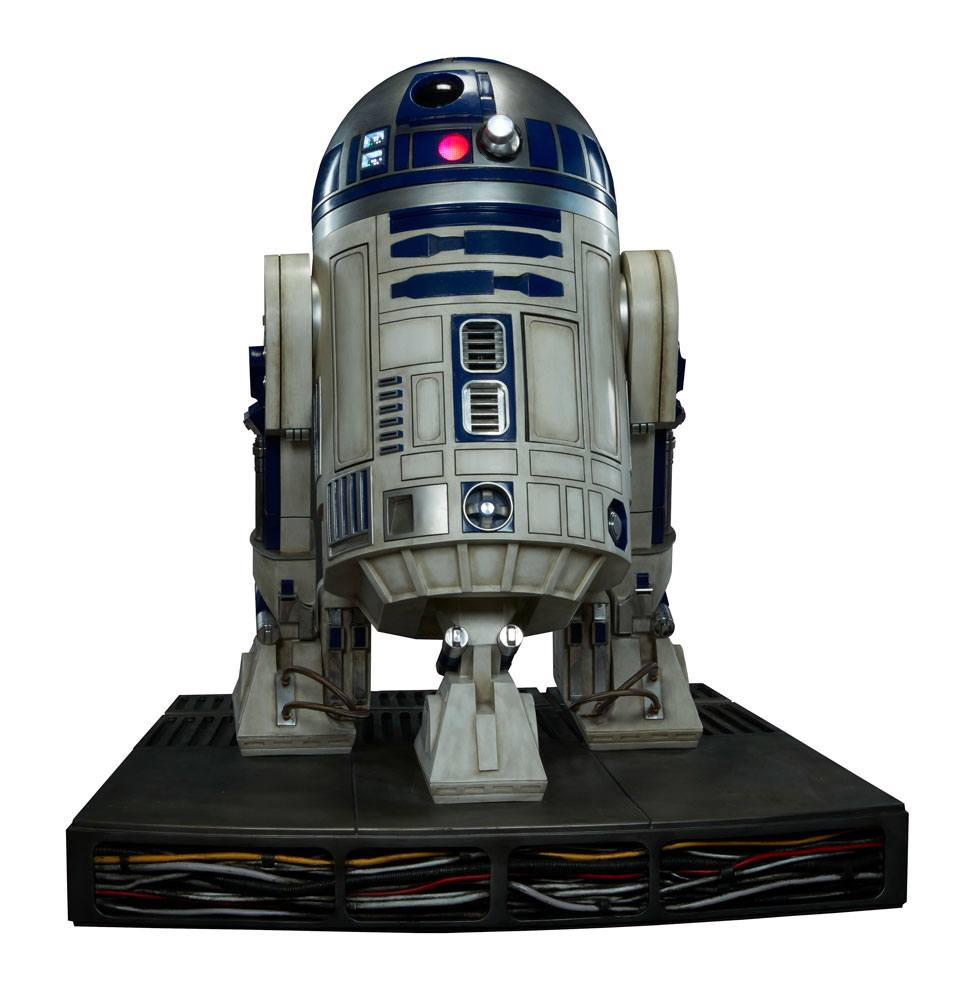 R2-D2 Life Size Figure By Sideshow Collectibles