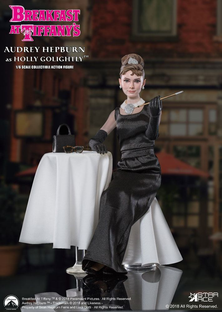 Holly Golightly (Audrey Hepburn) 2.0 Deluxe Ver. Breakfast at Tiffany's MFL 1/6 Action Figure by Star Ace Toys