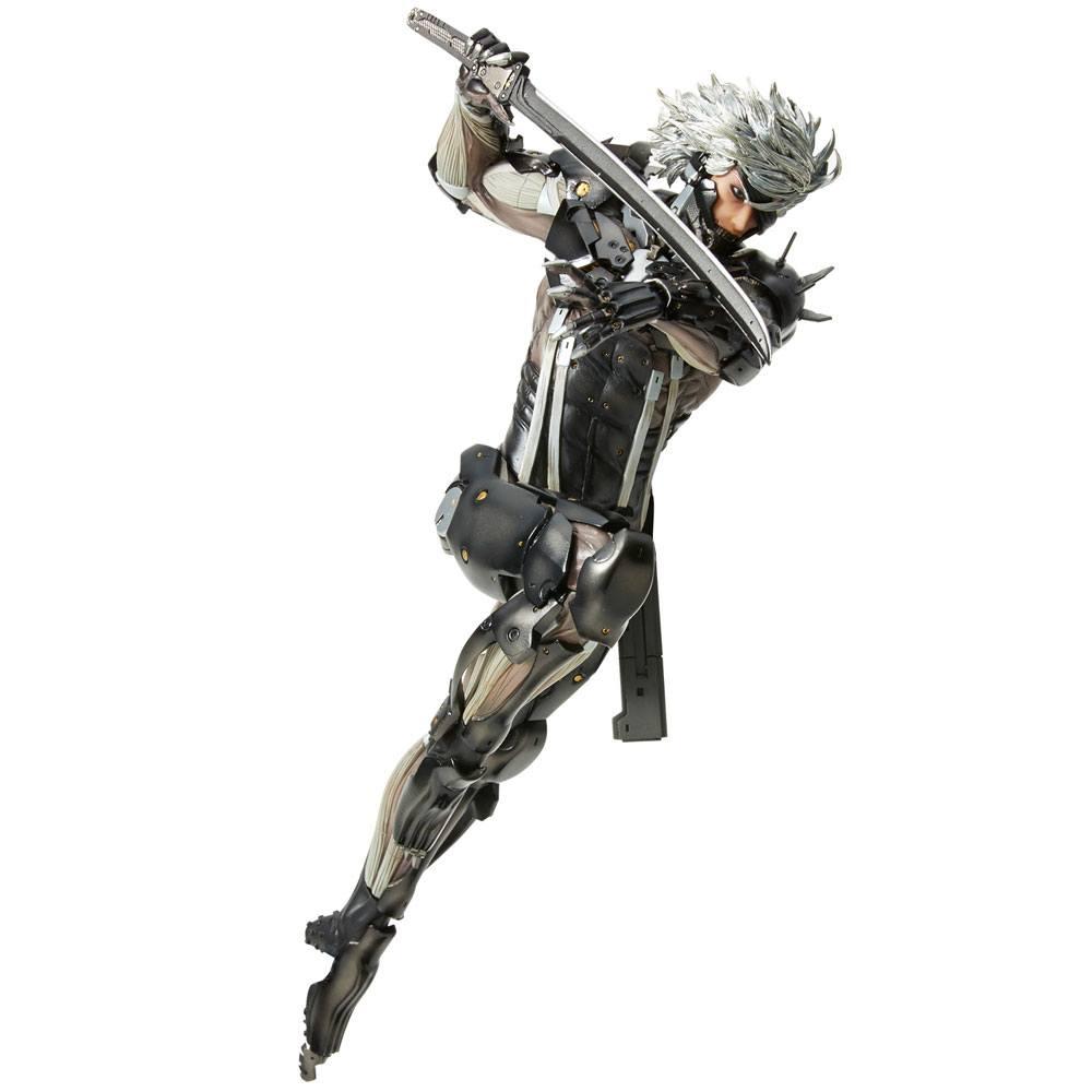Metal Gear Rising Revengeance Hdge Technical No. 33 PVC Statue Raiden 25 cm