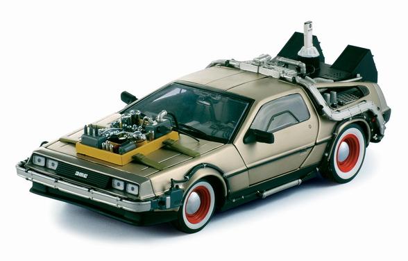 Back to the Future III Diecast Model 1/18 ´87 DeLorean LK Coupe